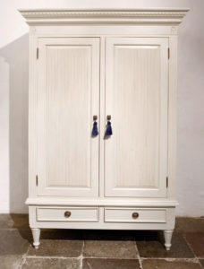 Gustavian Wardrobe with Ribbing Detail 1308