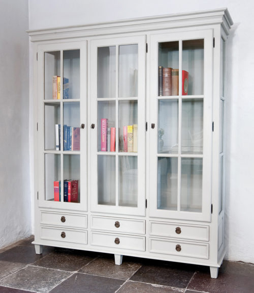 Gustavian Display Cabinet Three Door in classic white